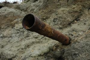 rusty-pipe-1426530-m
